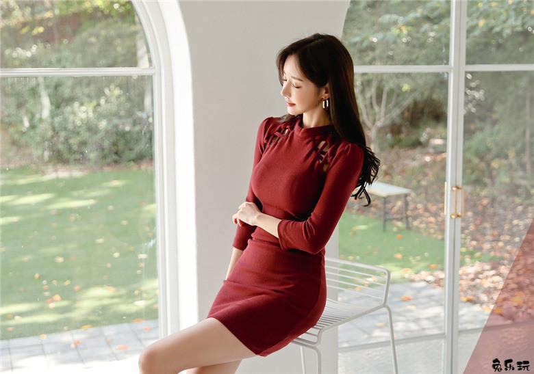 名模孙允珠:绯红王室火焰玫瑰骑士复古裙 (26P)