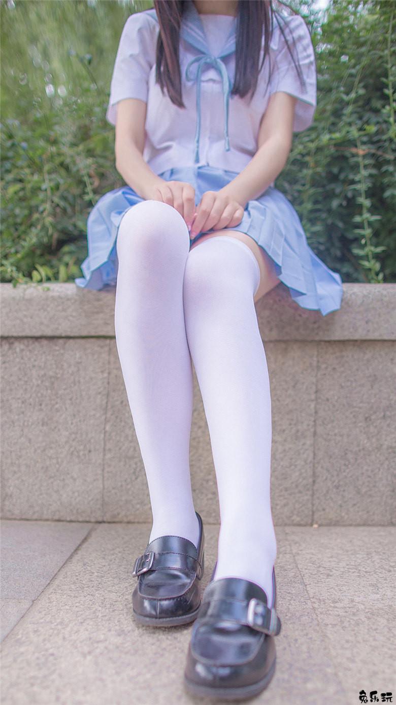 校园美女的水手服日常