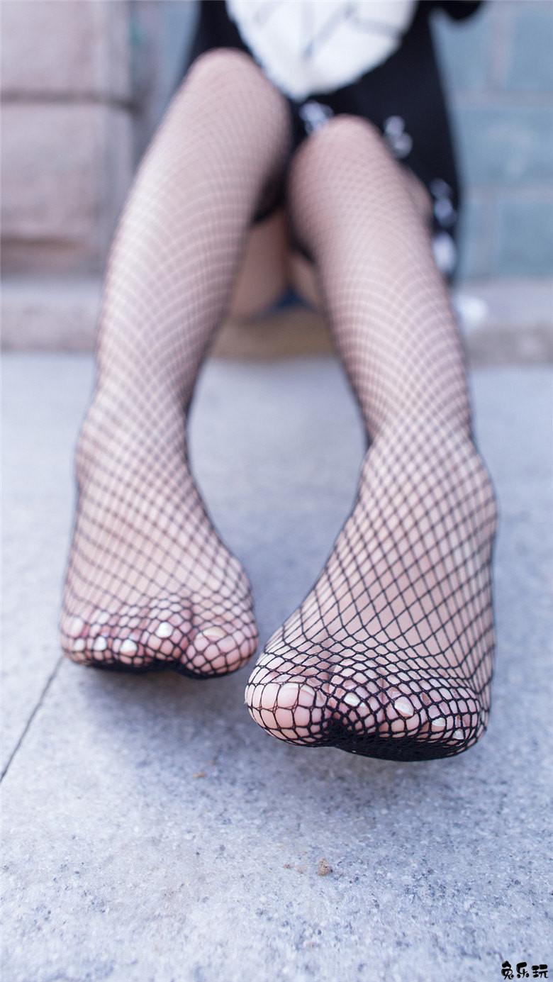 诱惑力满满的黑色网袜