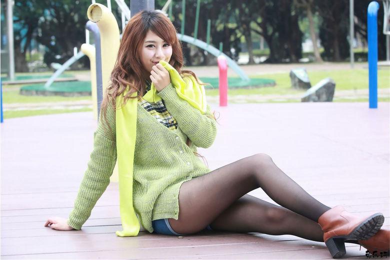 台湾美女Beautyleg腿模夏晴MISO黑丝美腿外拍(41P)