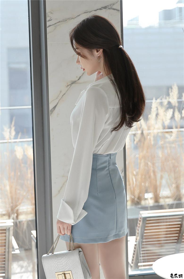 韩国第一网红孙允珠:雅典水晶砂石经典系领小洋裙 (18P)
