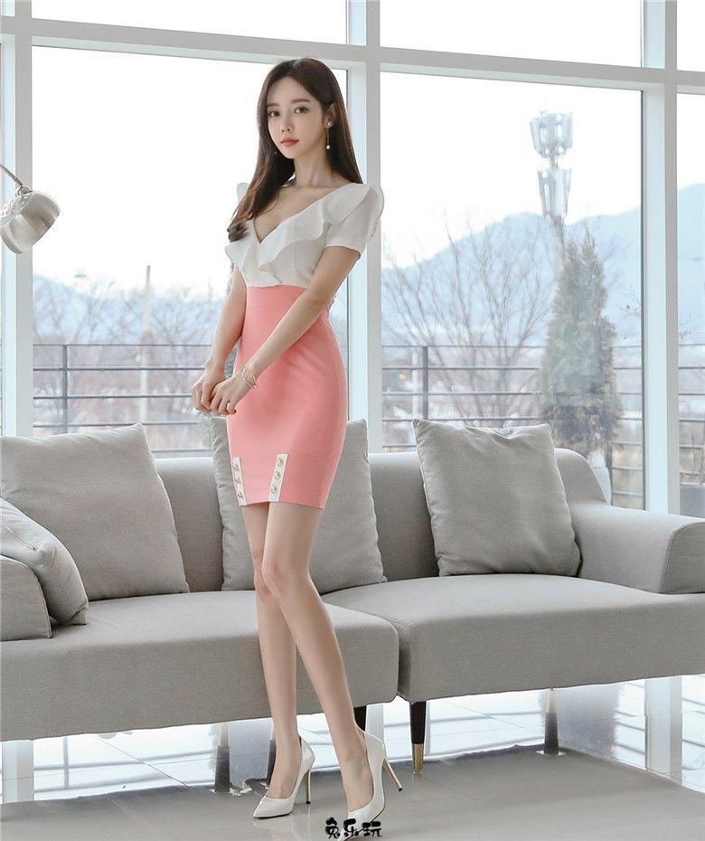 韩国最美女神孙允珠:繁红细萼烟花溪柳春影包臀裙 (18P)