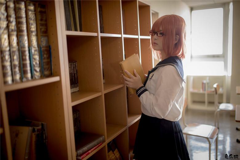 爱看书的学生妹子颜值都不会太差
