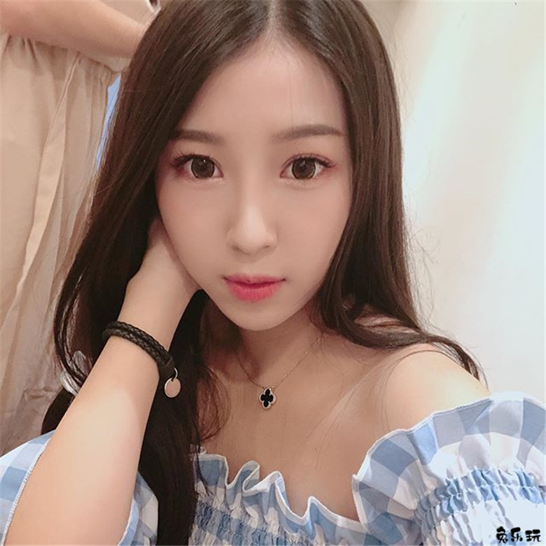 极致辣妹CindyFuuu,身材又白又Q弹!