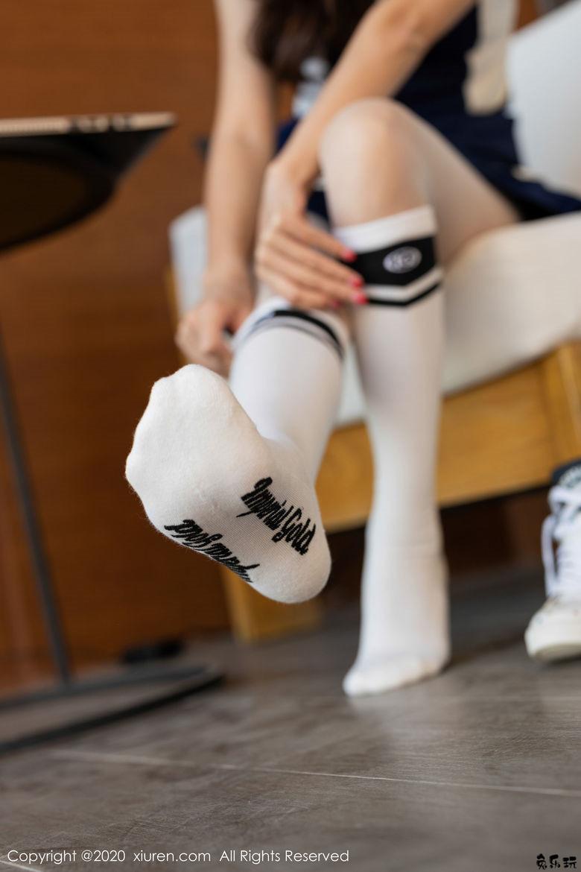 【秀人XIUREN No.1963写真集】杨紫嫣Cynthia户外运动装+紧身裤系列!