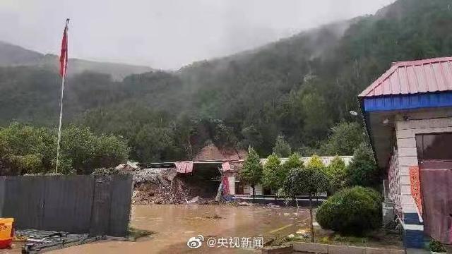 山西蒲县山体滑坡(4名交警不幸遇难)