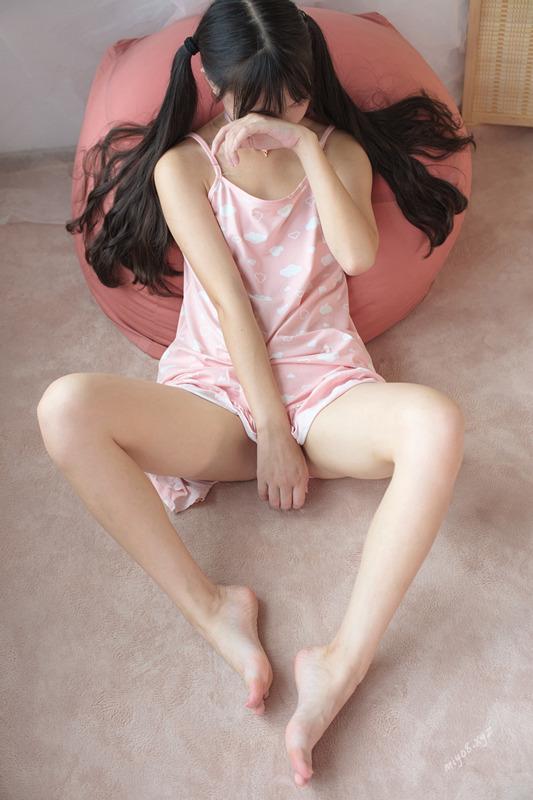 网红少女@森萝财团-VIP视图-X-039[71P+1V/460MB]