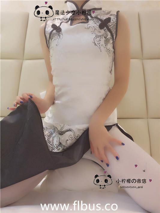 微博新晋大尺度美少女魔法少女@小柠檬之白丝礼服[99P/1V/175MB]