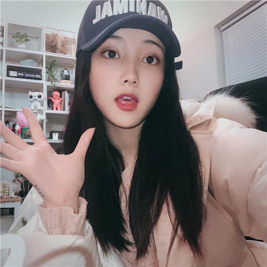 推特网红Qinweiyingjie(捷哥)大尺度 甜甜的女孩[15V+112P/116MB]