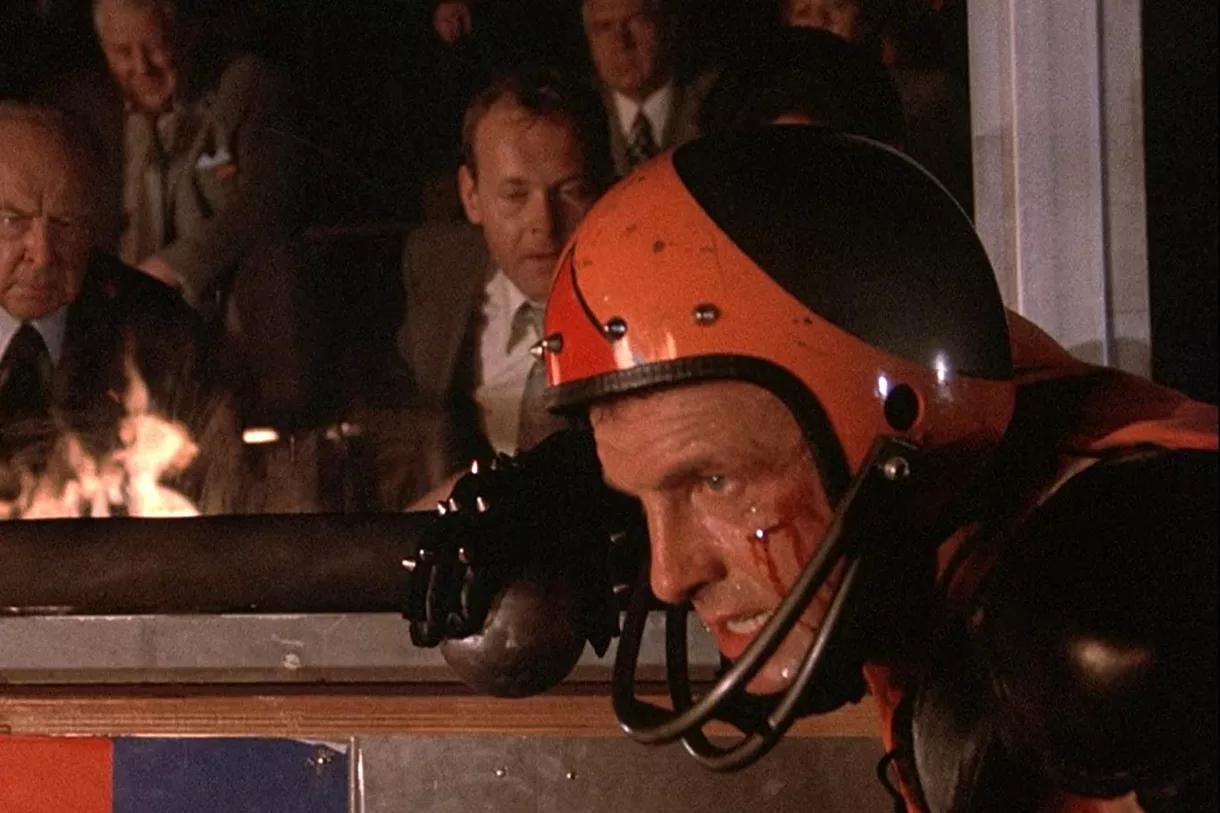 电影《疯狂轮滑》设想了成名后完全不同的未来