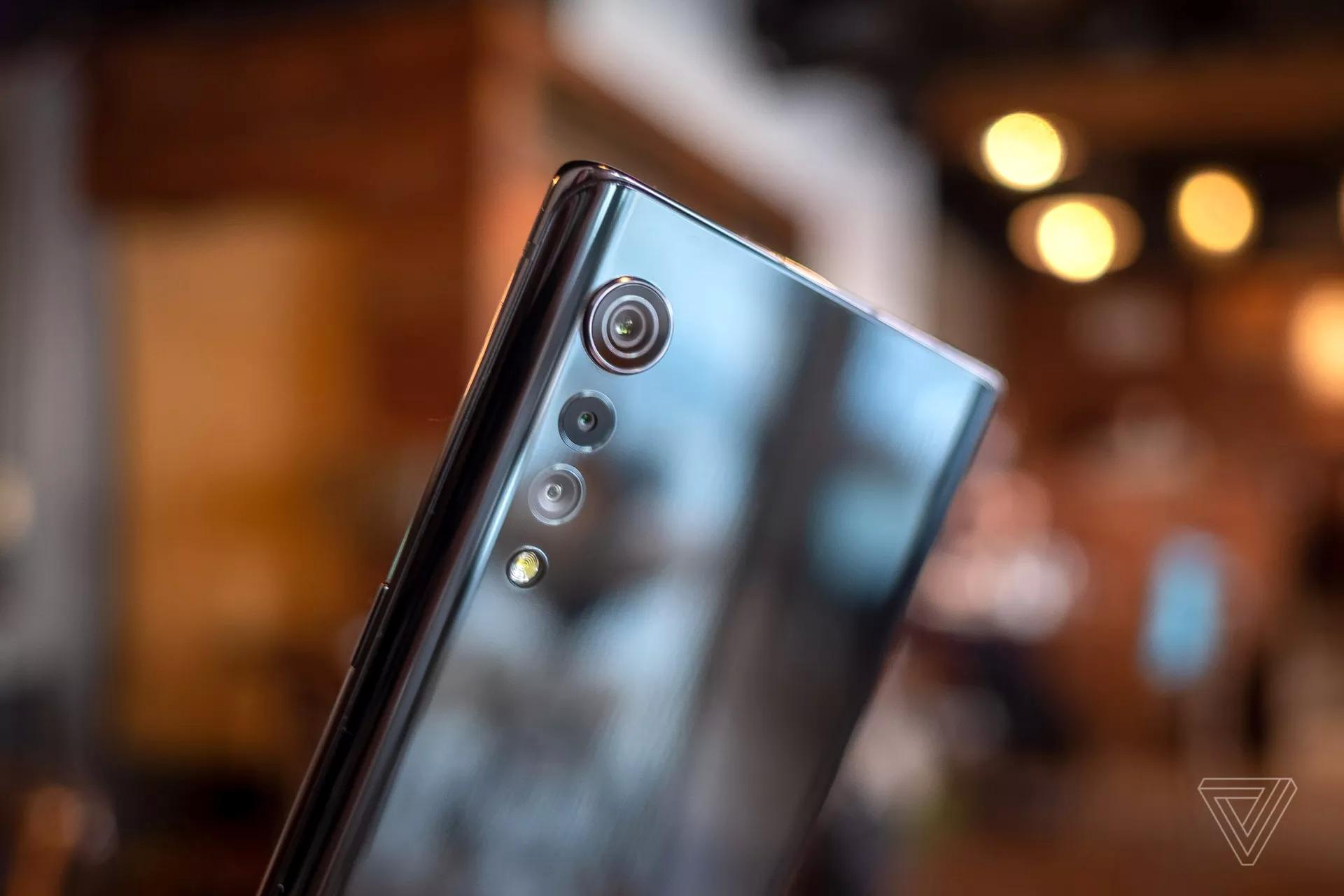 LG VELVET深度测评,看似光滑的屏幕值得买吗