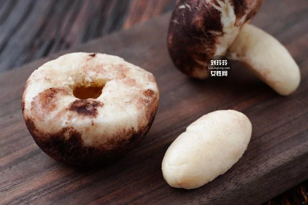 蘑菇奶黄包的做法 奶黄包的馅怎么做?我教你吧15