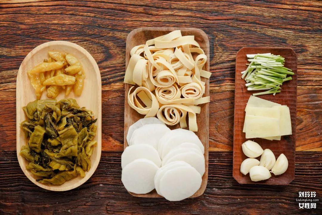 如何做酸菜鱼暖锅?这是最好吃的酸菜鱼的做法4