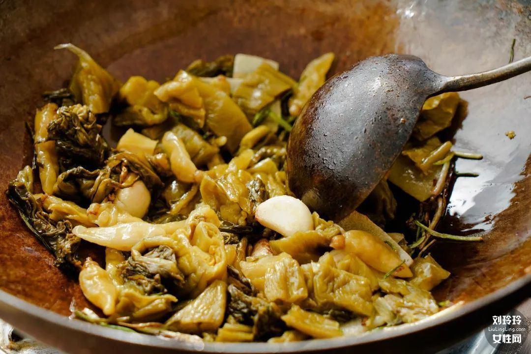 如何做酸菜鱼暖锅?这是最好吃的酸菜鱼的做法7