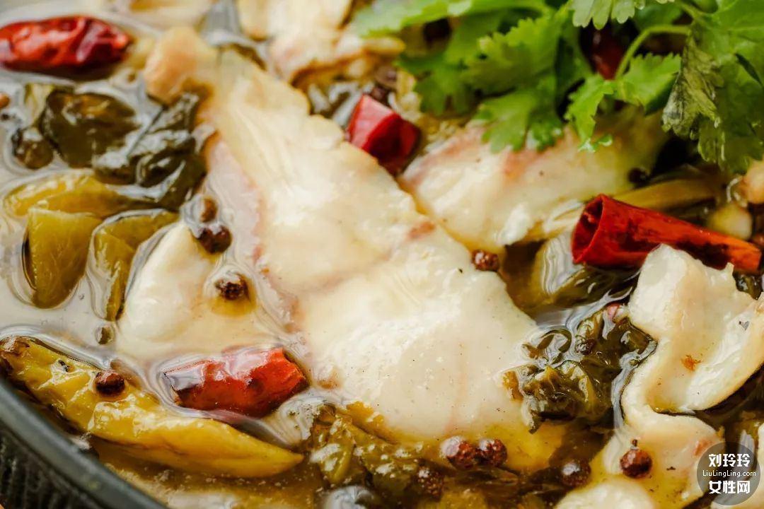 如何做酸菜鱼暖锅?这是最好吃的酸菜鱼的做法10