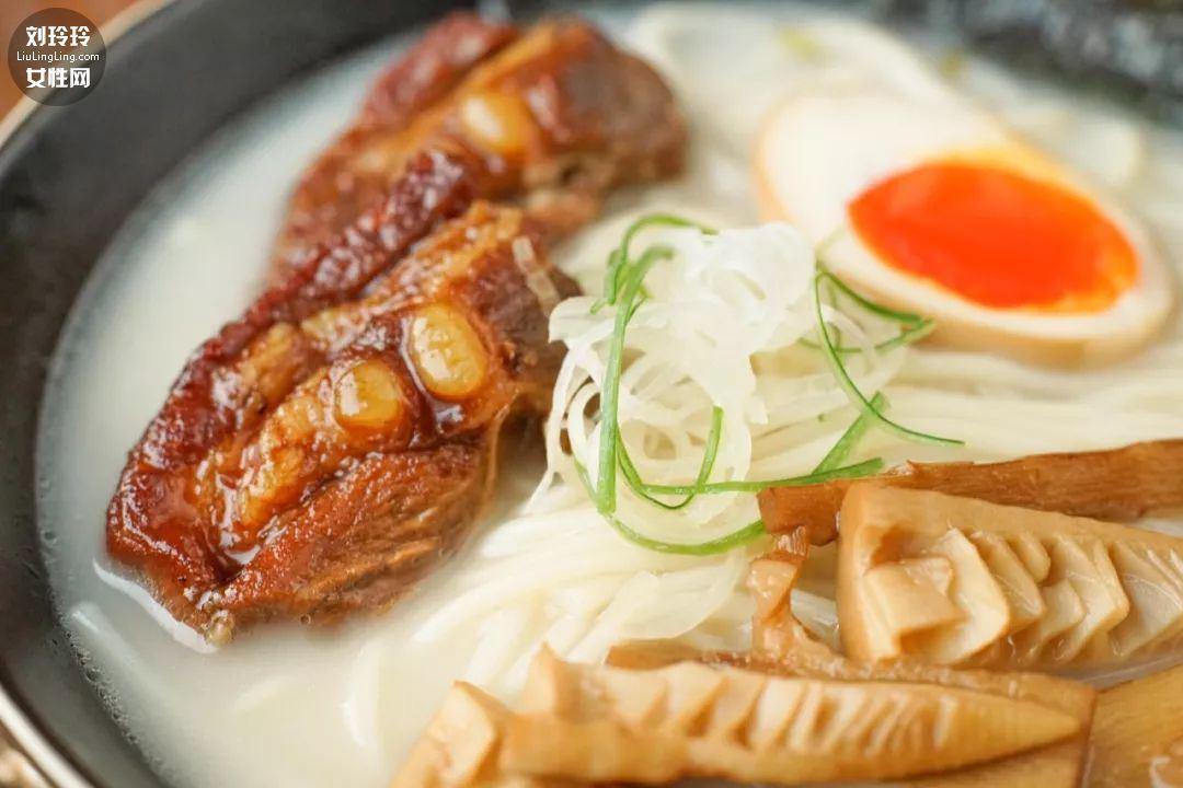 日式豚骨拉面的做法,豚骨拉面是什么肉呢?10