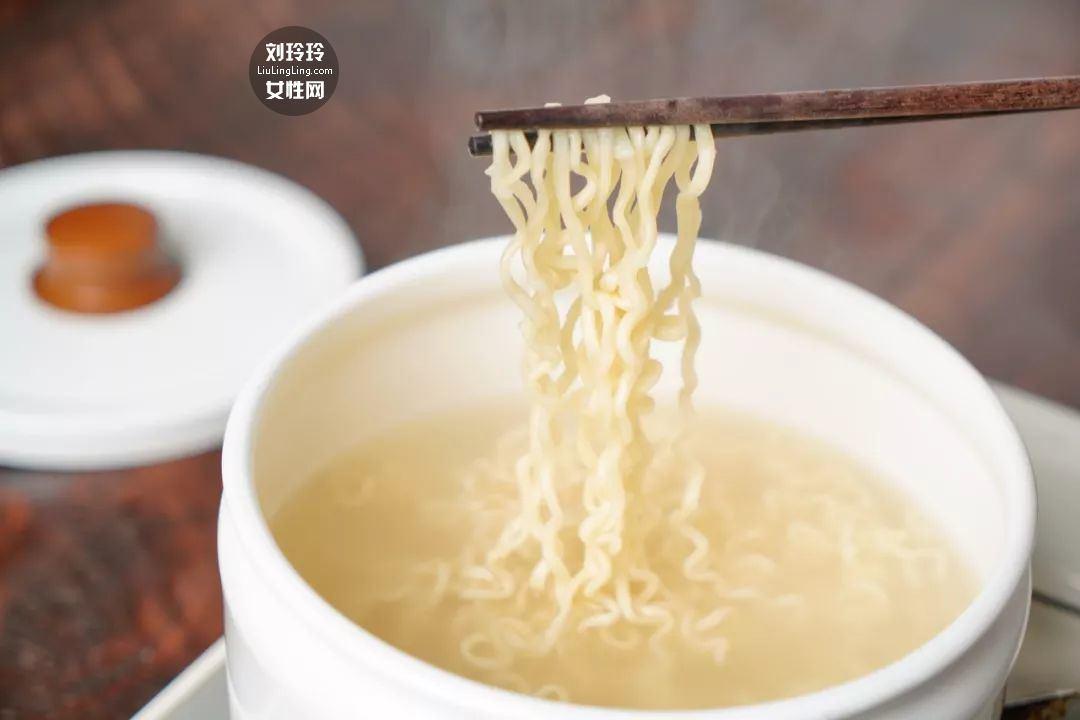 好吃到哭的方便面做法 方便面怎么煮好吃8
