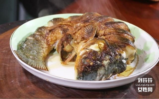家常香辣鱼的做法 整条香辣鱼的做法7