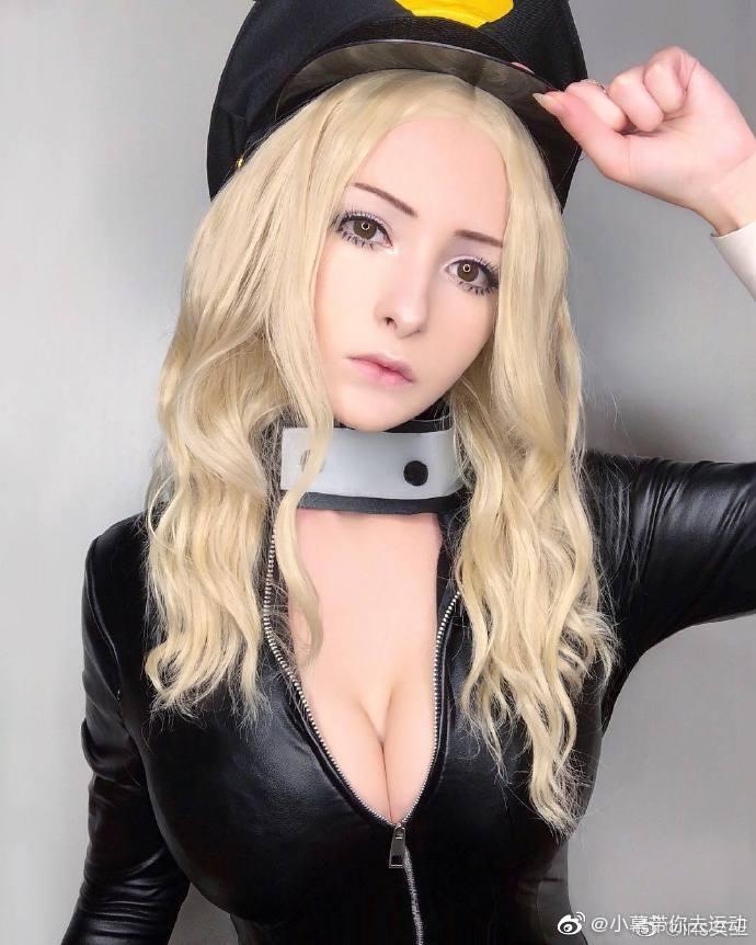 俄罗斯巨乳波霸美女coser 身材炸裂堪称人间胸器5