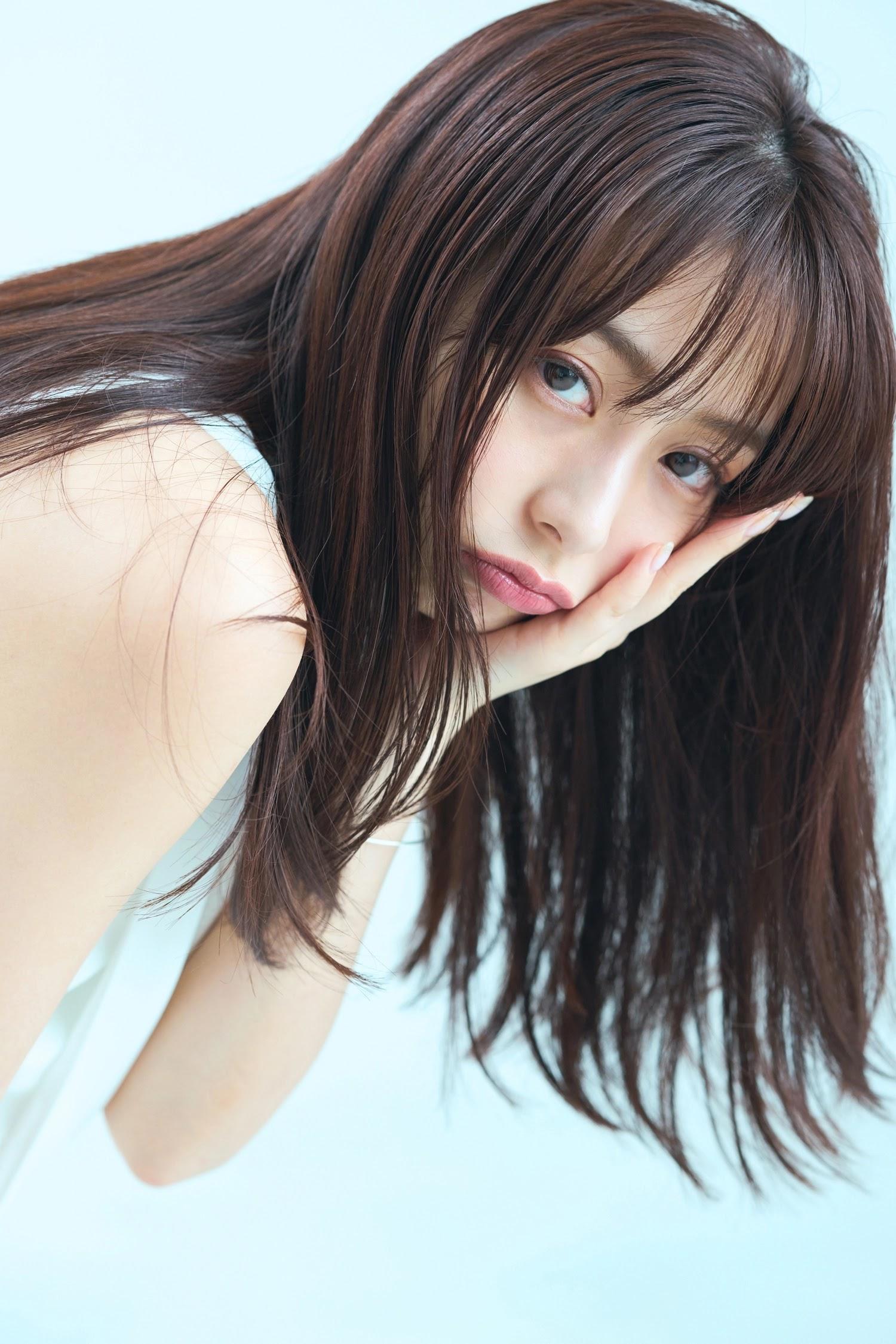 少年Magazine》的封面上 宇垣美里 7N5.NET b01