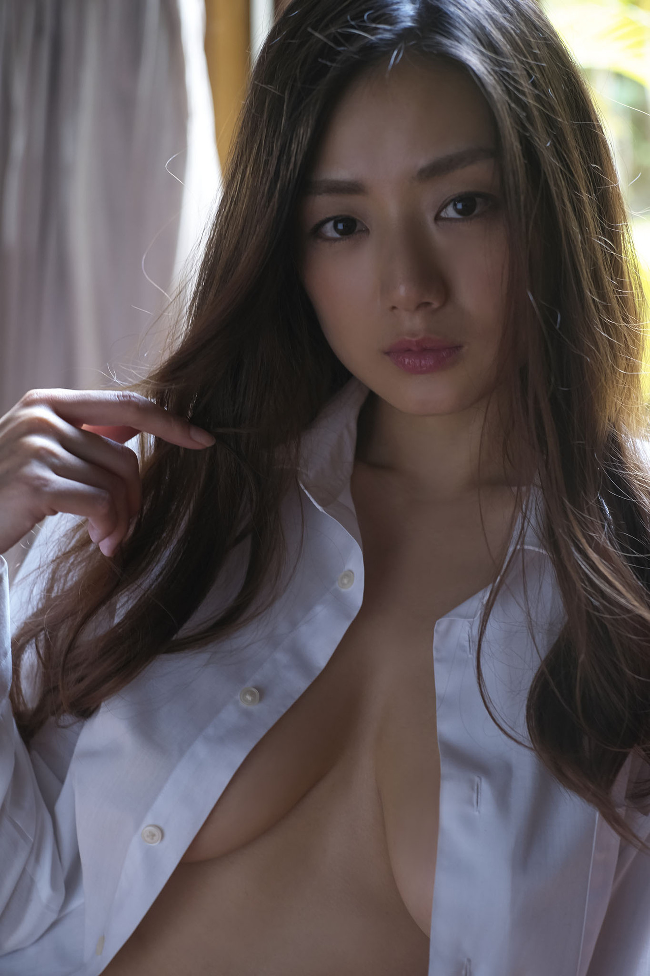 片山萌美 Poker Face 00014