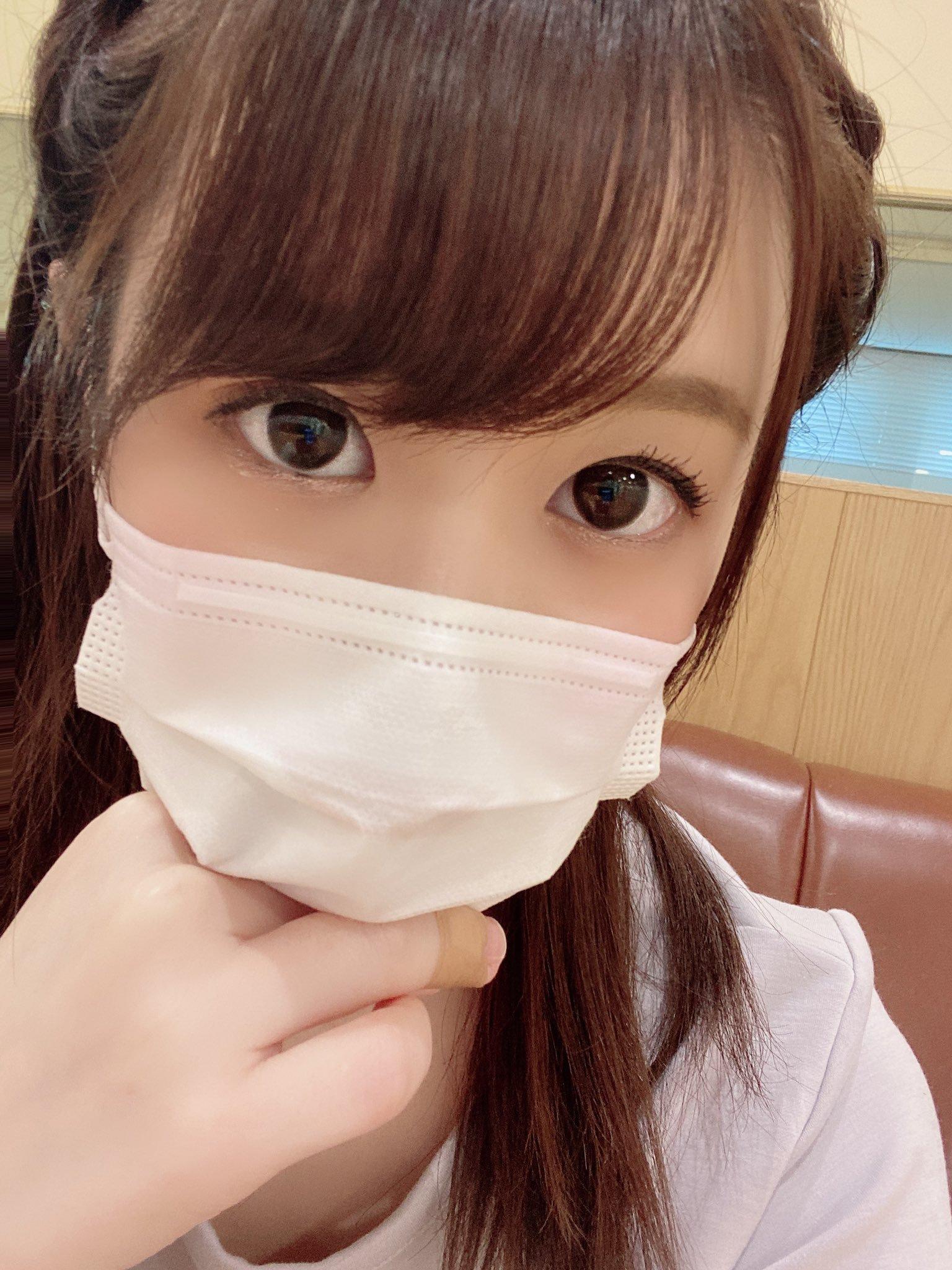 hikari_ninoheee 1256124111761240064_p0