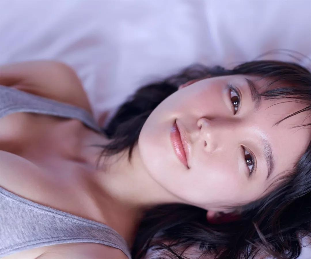 吉冈里帆 写真集Riho (27)