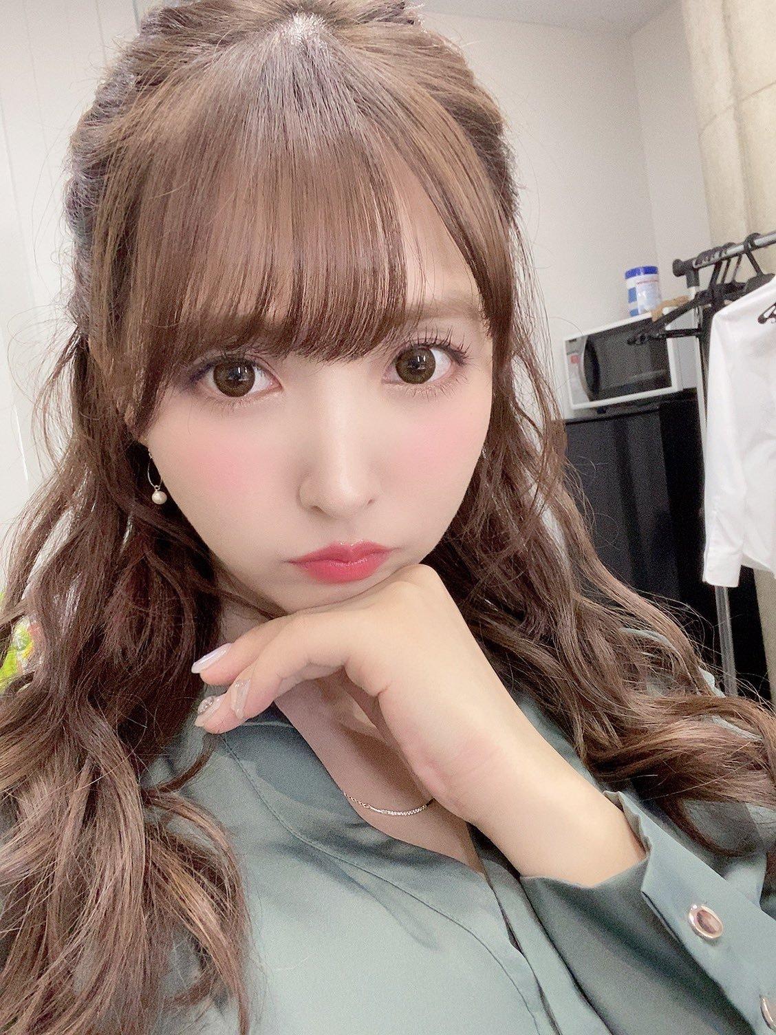 yua_mikami 1272872435642068993_p0