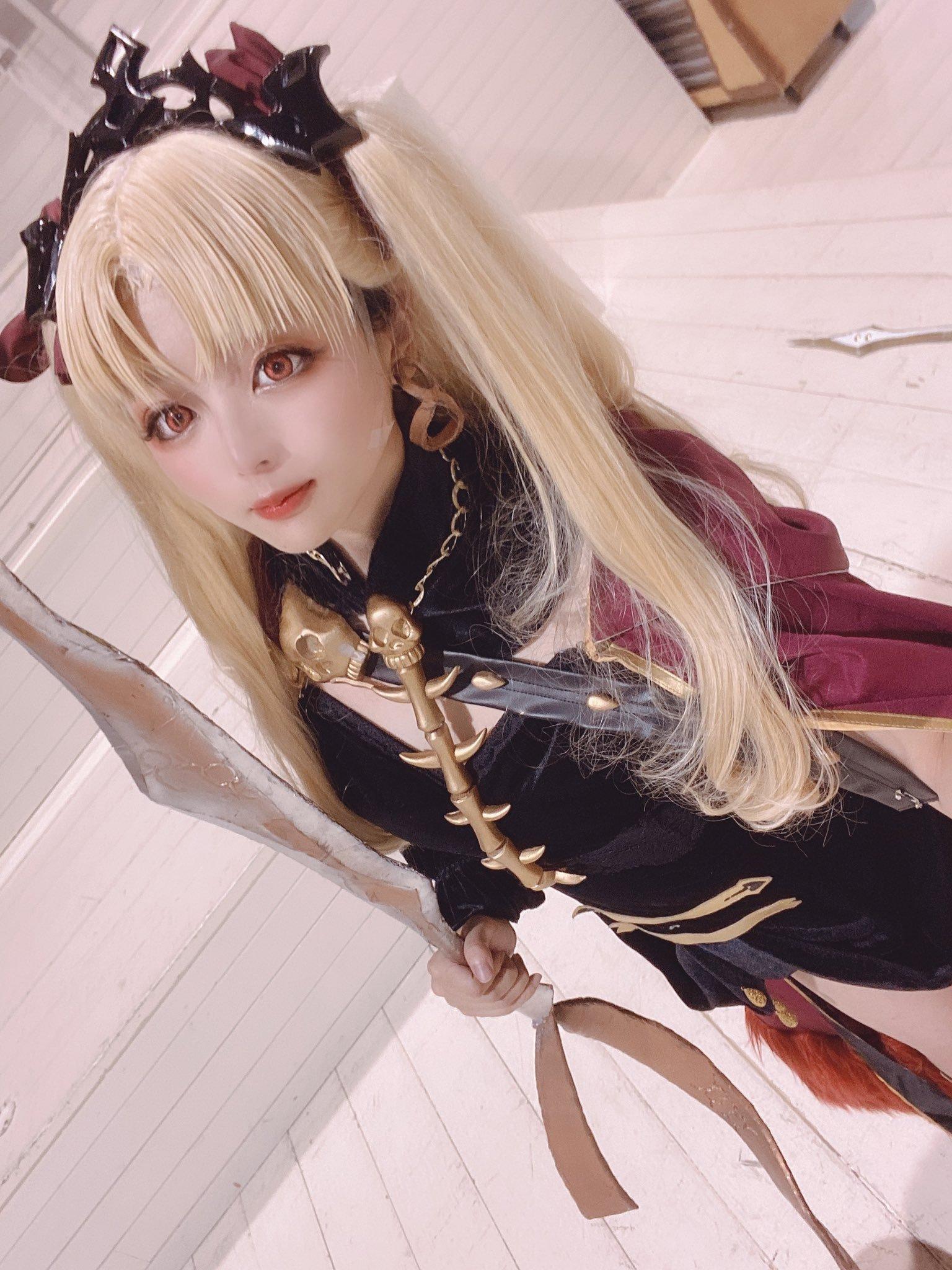 yuzuru_cos 1294660076200845312_p2