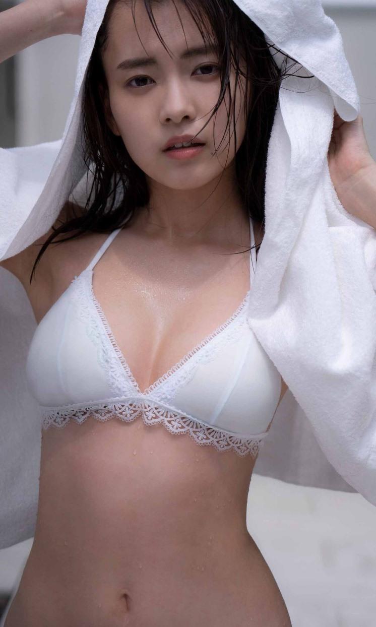 新條由芽写真集「プリズム」 週プレ PHOTO BOOK