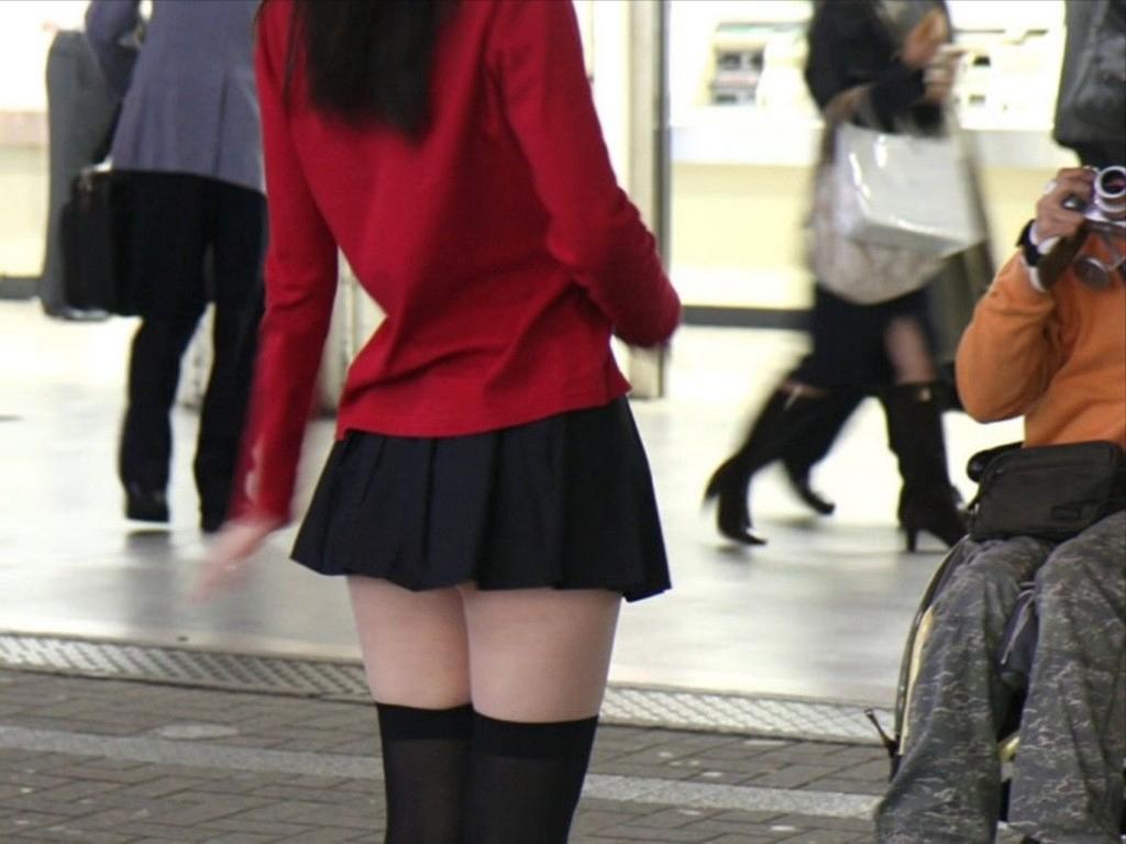 腿控的绝对领域【83p】 街拍丝袜