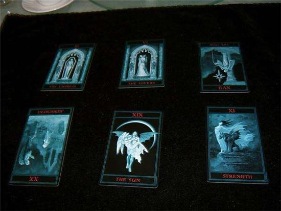 塔罗日记:每个人都有三个自己 一念天堂,一念地狱