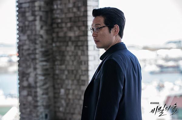 韩剧《秘密森林》非常看得起观众智商的时代的怪物 (3)