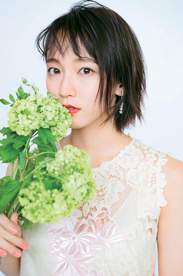 写真女优出身的吉冈里帆每次上映新电影都会拍摄写真作品堆人气 (23)