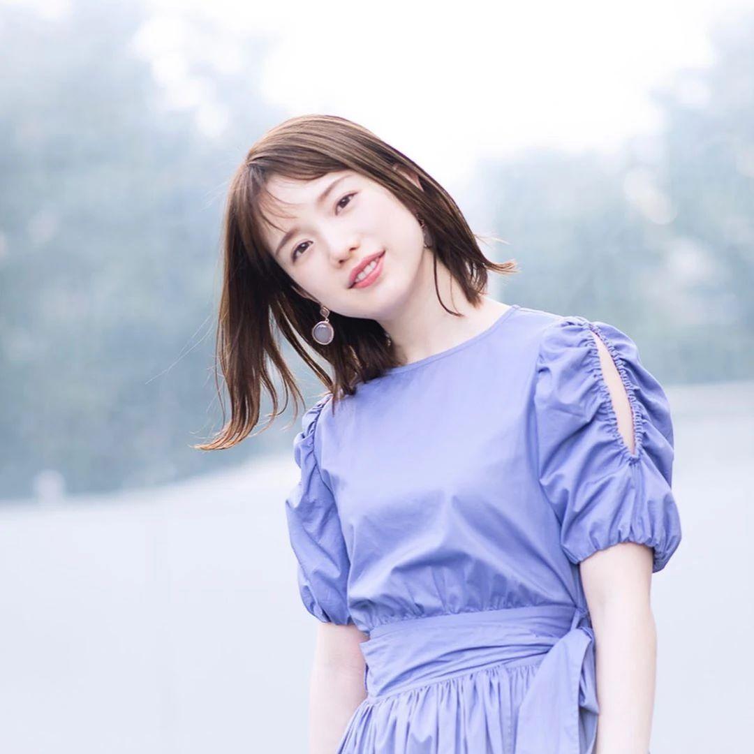 永远一张娃娃脸的棉花糖女孩弘中绫香写真作品 (33)