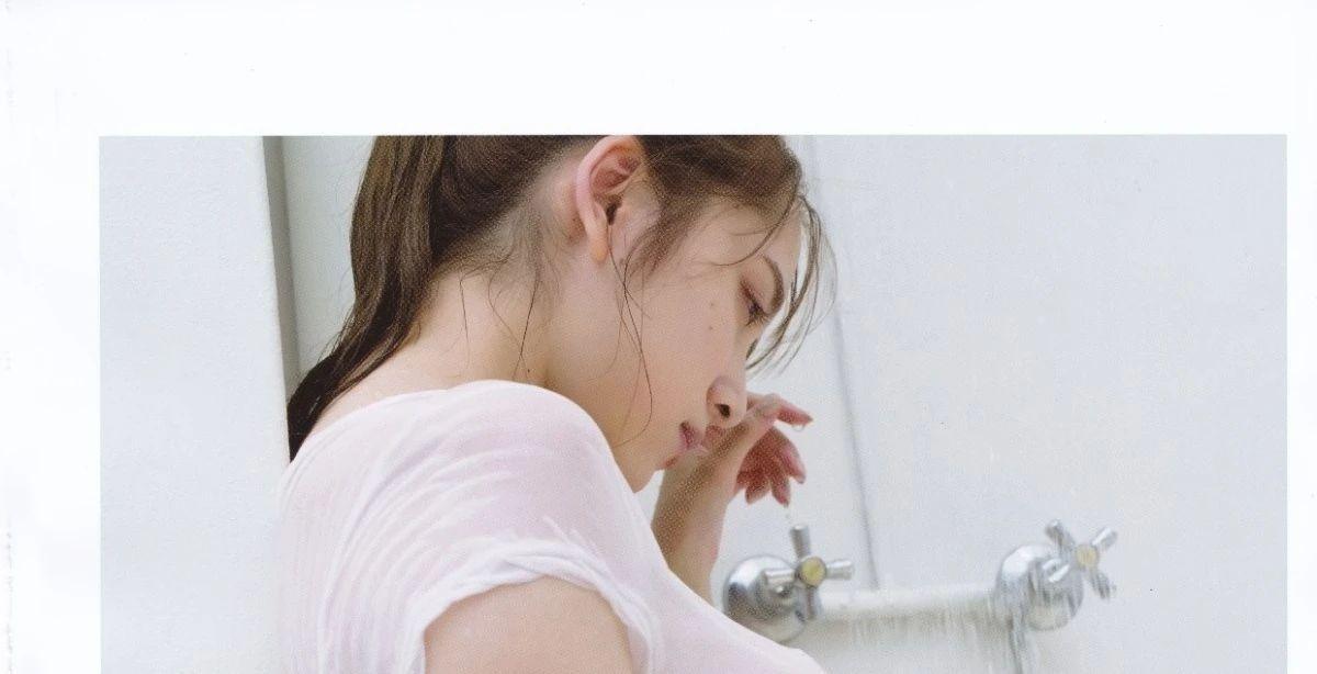 胸怀宽广的都丸纱也华写真作品 (19)