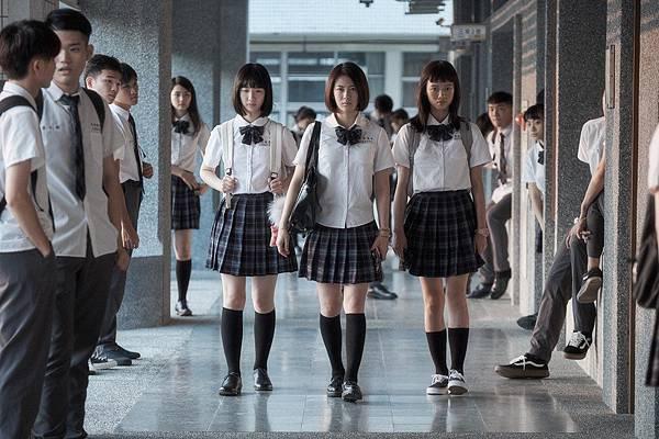 电影《哈啰少女》杀人不用刀的心机婊上演老少咸宜的宫斗戏 (4)