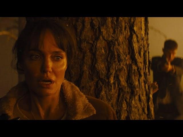 电影《那些要我死的人》名字俗气但是内容不老套的好电影 (3)