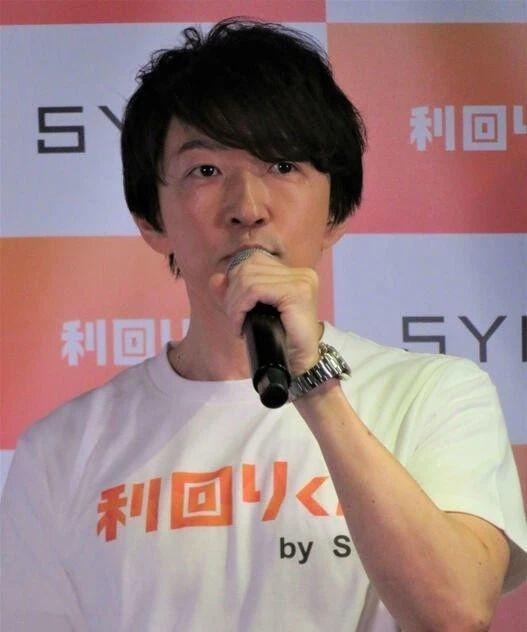 深田恭子的绯闻男友在记者的采访中既没有承认也没有否认恋情 (9)