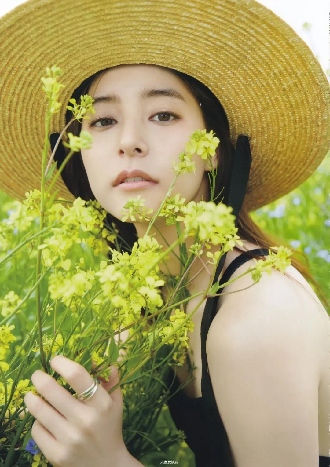不折不扣的邻家系女神新木优子写真作品 (43)