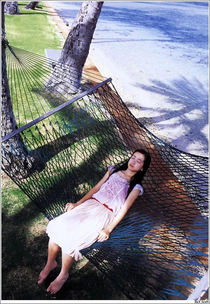 形象纯过蒸馏水的黑川智花《少女觉醒》的写真作品 (43)