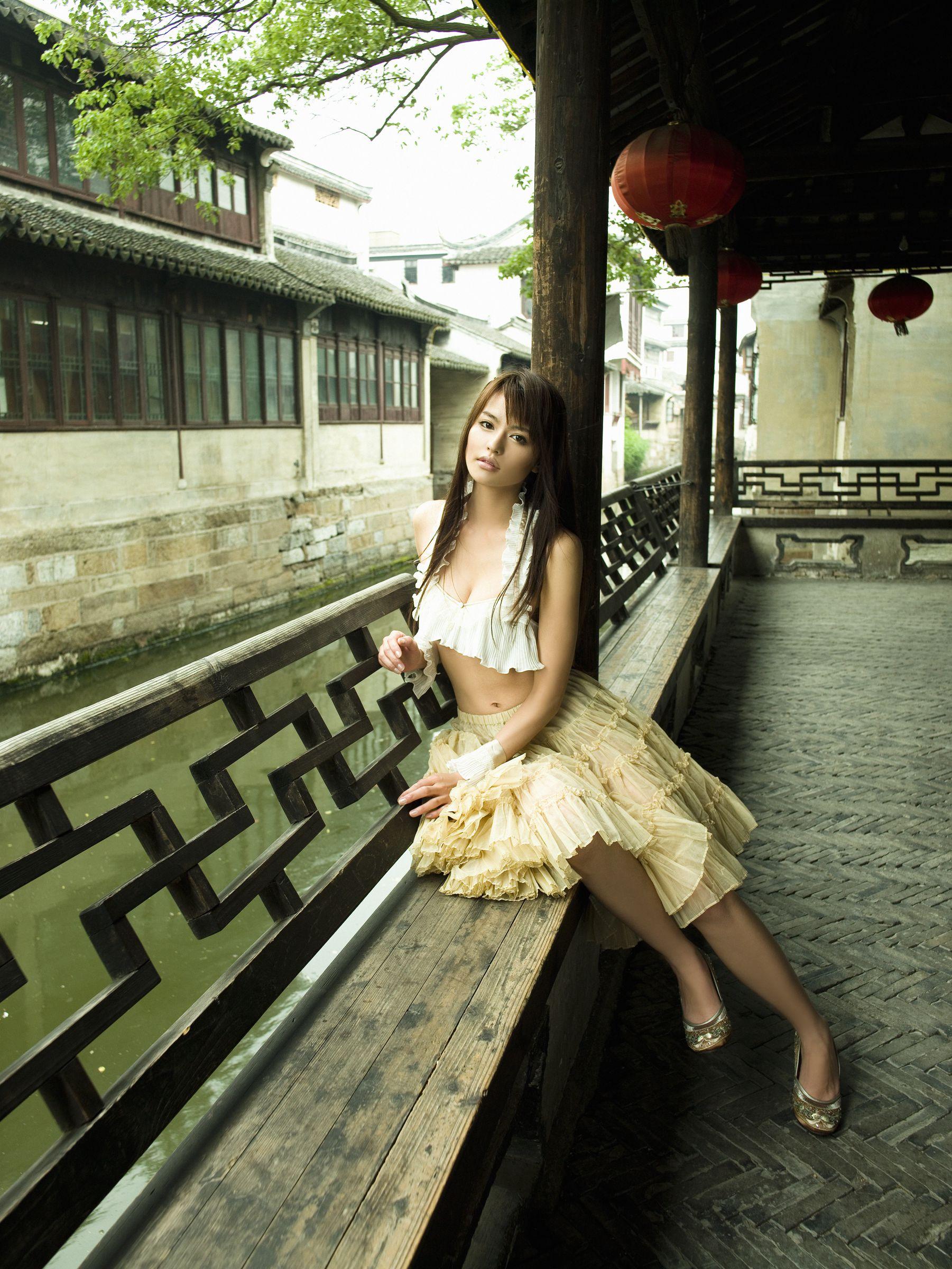 白鸟百合子、しらとり ゆりこ、Yuriko Shiratoni个人资料介绍,及其写真作品欣赏 美女精选 第3张