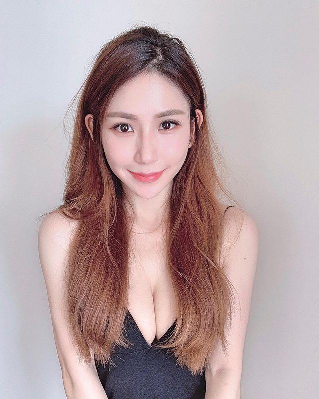 辣妈:马来西亚网红 josephy_li姗姗 大晒嫩胸惹得男粉一身汗 福利吧 第21张