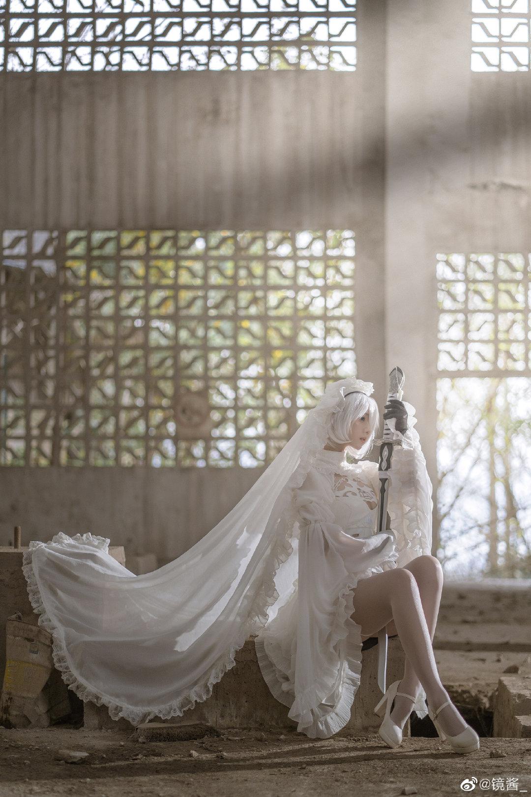 [COS]镜酱 #尼尔:机械纪元#2b白色婚纱 COSPLAY-第1张