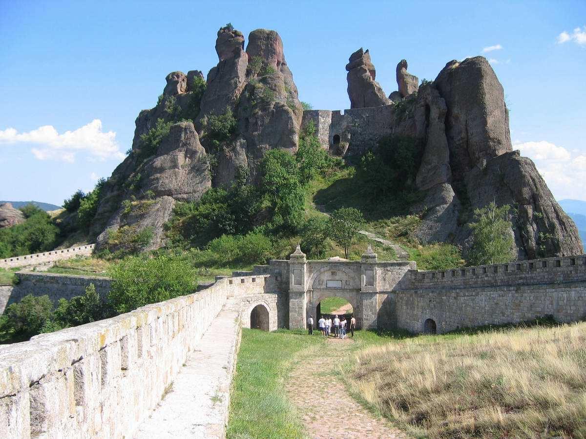 美丽的保加利亚正在鼓舞冒险