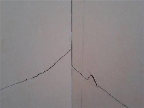 瓷砖大理石石材维修挺容易,只要按照这几个步骤,就可以修复