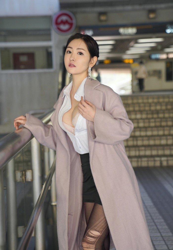 性感美女131mm131高清美女明星图片