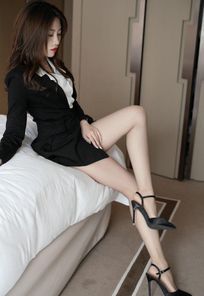 西装制服性感美女mm131美女图片高清图片18p