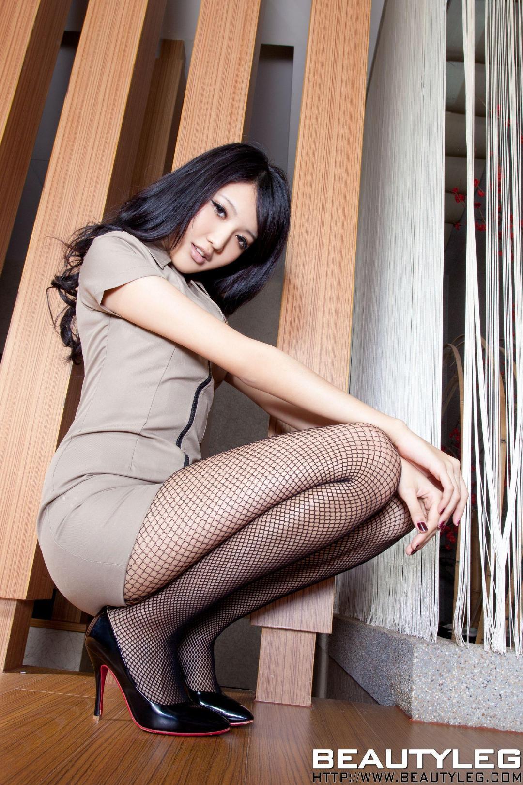 美腿销魂美女禁区女性大胆展隐私图片