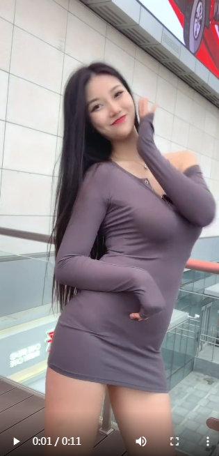 超粉嫩00福利合集小视频第四集-粉嫩大胸齐p小短裙中国美女视频